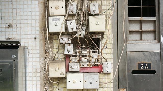 fachowy montaż instalacji elektrycznych